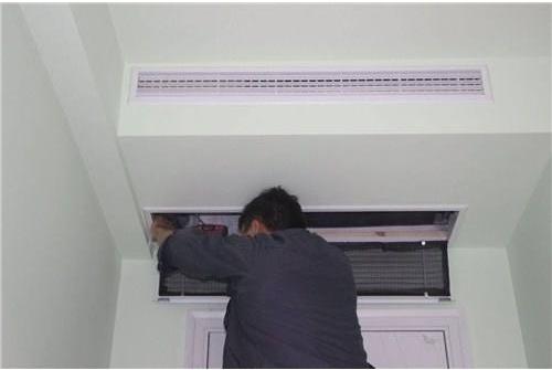 厦门lg空调维修中心-专业洗空调公司:中央空调维修公司该如何选择